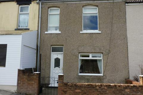 2 bedroom terraced house to rent - Clarence Gardens, Crook
