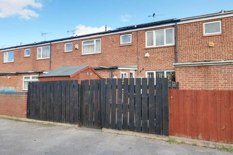 3 bedroom terraced house for sale - Tenterden Close, Hull