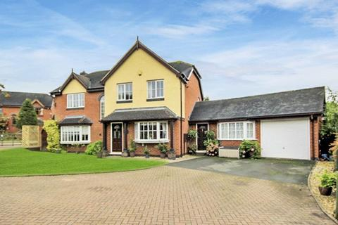 5 bedroom detached house for sale - Kingfisher Drive, Colwich