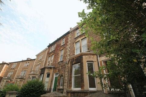 Studio to rent - Whatley Road, Clifton,BS8
