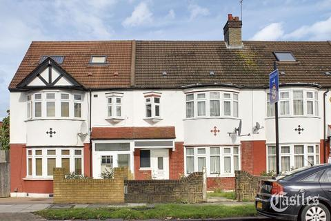 3 bedroom terraced house for sale - Hedge Lane, Palmers Green, N13