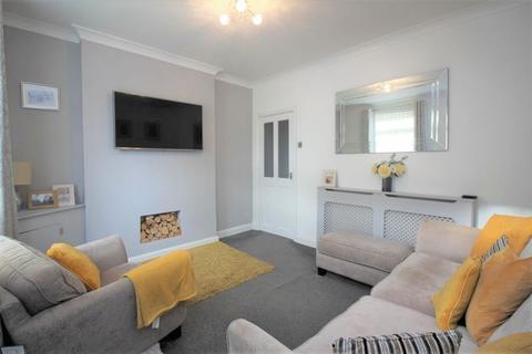 3 bedroom semi-detached house for sale - Woodshutts Street, Talke, Stoke-On-Trent