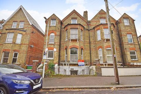 1 bedroom flat for sale - Connaught Road, Folkestone, CT20