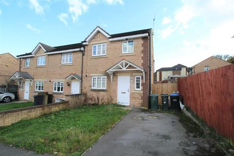 3 bedroom semi-detached house for sale - Yewdall Way, Idlethorp, Bradford