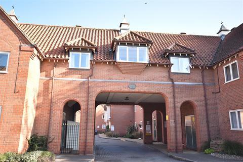 2 bedroom flat for sale - Berkeley Court, Sleaford