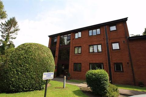 1 bedroom flat for sale - Brooklands Road, Ellanbrook Lodge, Sale