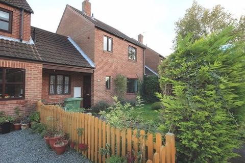 3 bedroom detached house to rent - Low Street, Carlton
