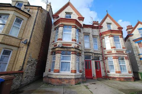 2 bedroom flat to rent - 2 Lansdowne Crescent, Bridlington, East Yorkshire, YO15