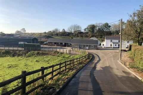 3 bedroom property with land for sale - Maesybont, Llanelli