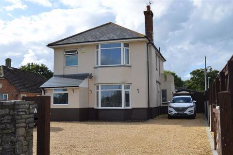 4 bedroom detached house for sale - New Road, Ferndown, Dorset