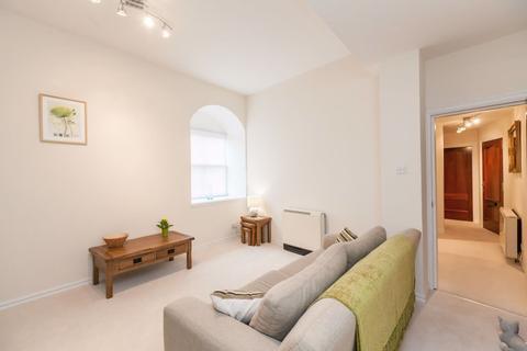 2 bedroom flat to rent - JOHN`S PLACE, LEITH LINKS  EH6 7EN