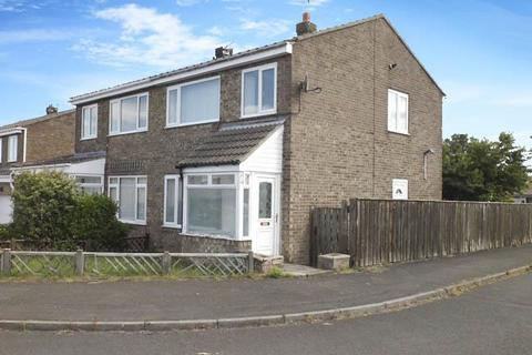 3 bedroom semi-detached house to rent - Chevington Close, Pegswood, Morpeth