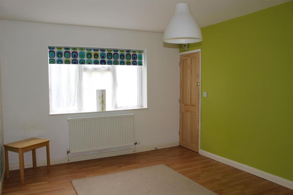 Studio room (1)