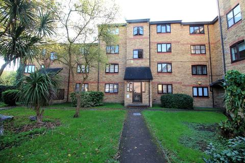 1 bedroom apartment for sale - Crest Avenue, Grays