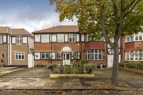 6 bedroom detached house for sale - Audley Road, Ealing, W5