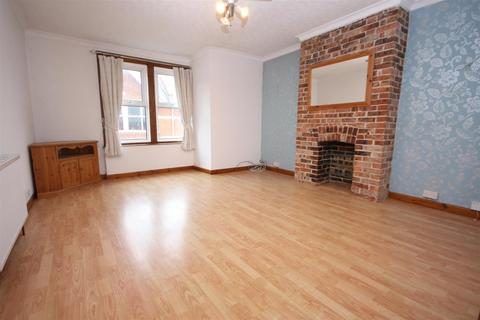2 bedroom apartment for sale - Apartment With Parking Moments From Harbour