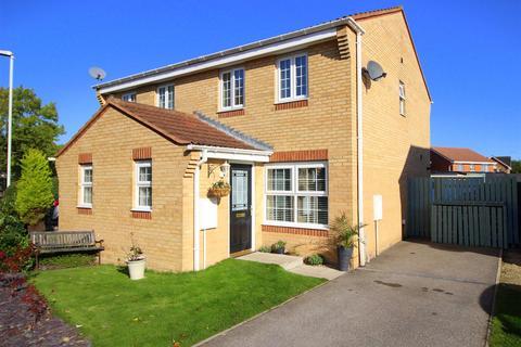 3 bedroom semi-detached house for sale - Woodlands Green, Middleton St. George, Darlington