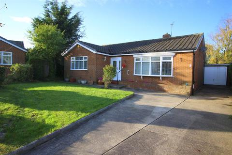 3 bedroom detached bungalow for sale - Murton Close, Aycliffe, Newton Aycliffe