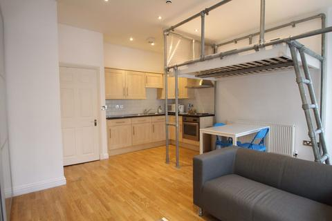 1 bedroom apartment to rent - Seagers Building, Cardiff Bay, ( 1 Bed )
