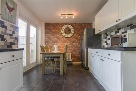 2 bedroom semi-detached house for sale - Milton Place, Staveley, Chesterfield
