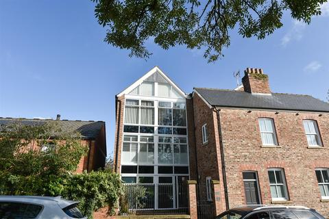 2 bedroom apartment to rent - St. Maurices Court, York