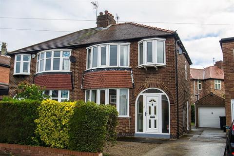 3 bedroom semi-detached house to rent - Nunthorpe Crescent, Bishopthorpe Road, York