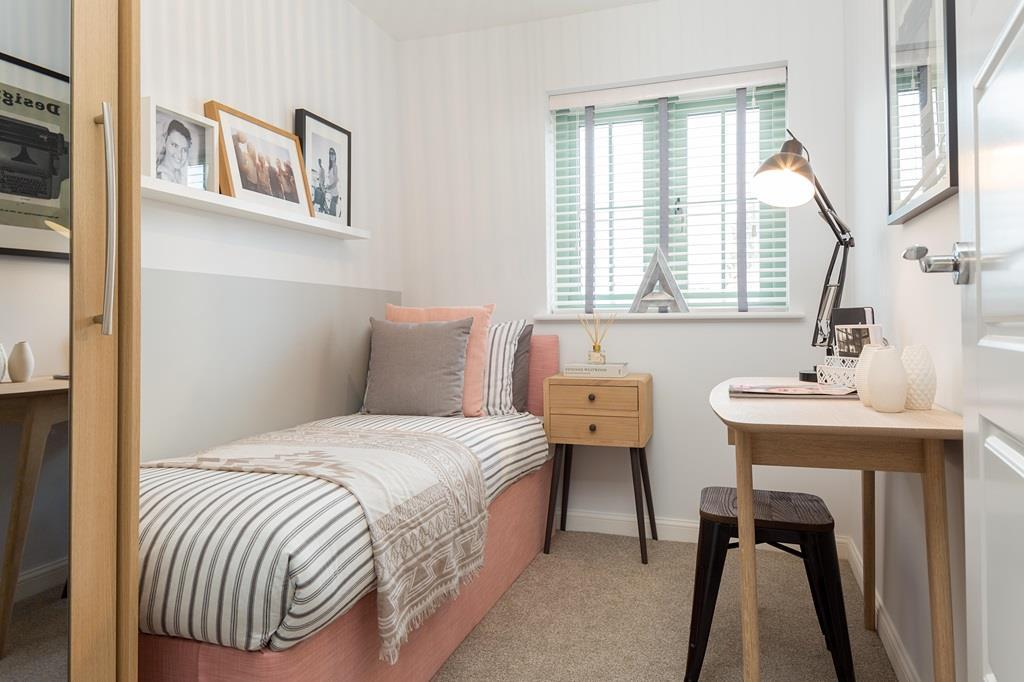 Finchley single bedroom