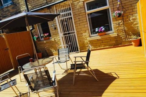 2 bedroom terraced house for sale - Wingfield Street,  Bradford, BD3