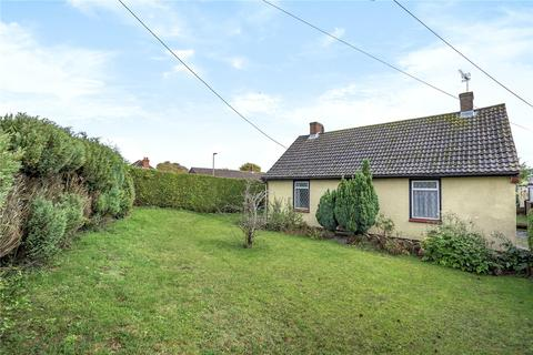 3 bedroom bungalow for sale - Firs Way, Basingstoke, Hampshire, RG23
