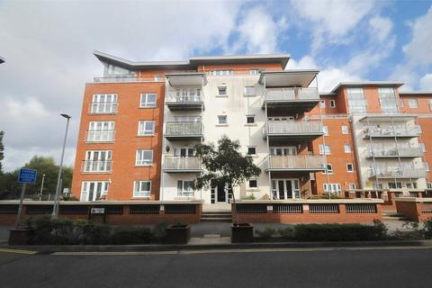 2 bedroom apartment for sale - Avenel Way, Poole, Dorset, BH15
