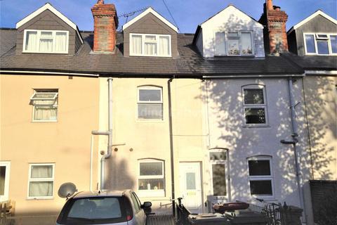 4 bedroom terraced house to rent - Addington Road, Reading