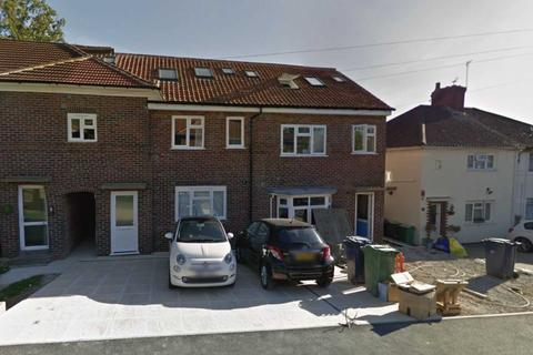 8 bedroom semi-detached house to rent - Tawney Street, East Oxford