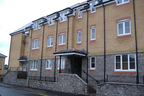 2 bedroom ground floor flat to rent - Brook Court, Bridgend, Bridgend County. CF31 1GW