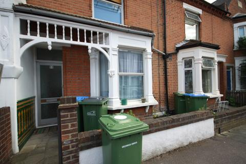 2 bedroom terraced house to rent - Macoma Terrace, Plumstead, London SE18