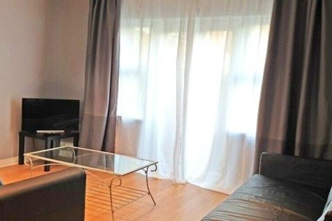 1 bedroom apartment to rent - Battery Road, London, SE28