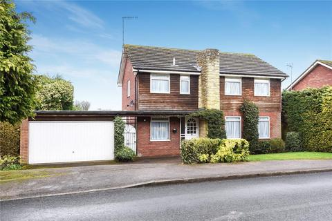 4 bedroom detached house to rent - Ross Way, Northwood, HA6 3HU