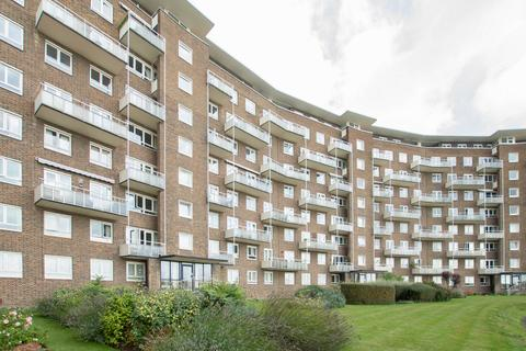 3 bedroom apartment for sale - The Gateway, Dover, CT16