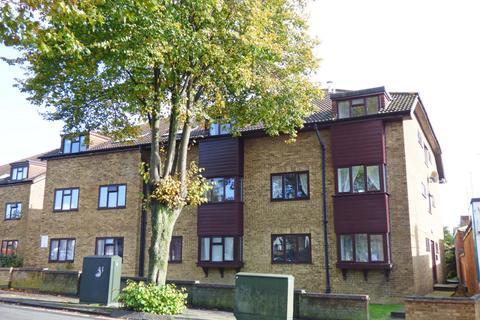 1 bedroom flat for sale - Parkside, London Road, RH15