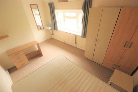 1 bedroom house share to rent - Moulsecoomb Way, Brighton