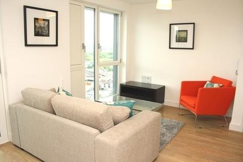 1 bedroom flat share to rent - Marner Point, Jefferson Plaza, Bow