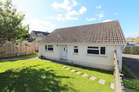 3 bedroom detached bungalow for sale - Creeches Lane, Walton