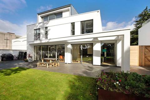 5 bedroom detached house for sale - Victoria Park Road, St Leonards