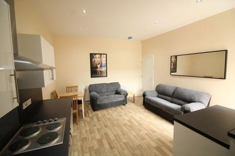 3 bedroom flat to rent - Bayswater Road, Newcastle Upon Tyne