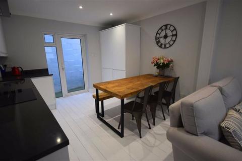 2 bedroom terraced house for sale - Hatherley Street, Cheltenham, Gloucestershire