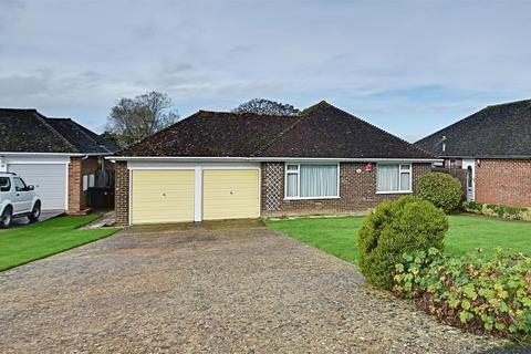 3 bedroom detached bungalow for sale - Concorde Close, Bexhill-On-Sea