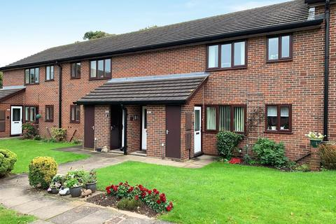 2 bedroom flat for sale - Winchester Court, Wildwood, ST17 4TB