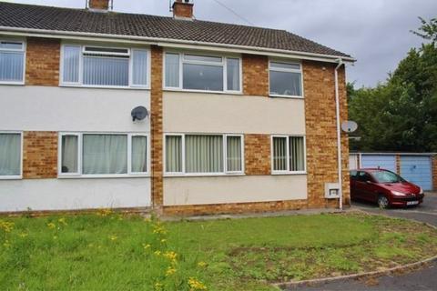 2 bedroom flat to rent - Nash Close, Keynsham