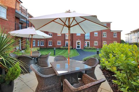 2 bedroom apartment to rent - Southborough Gate, Pinewood Gardens, Southborough, Kent, TN4