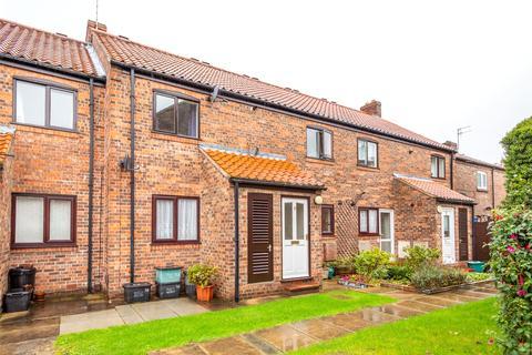 2 bedroom flat to rent - Westerdale Court, York, YO30