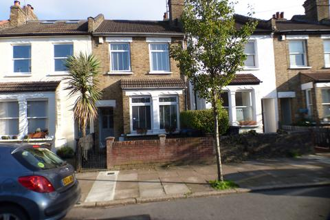 3 bedroom terraced house for sale - Highworth Grove, Bounds Green, N11